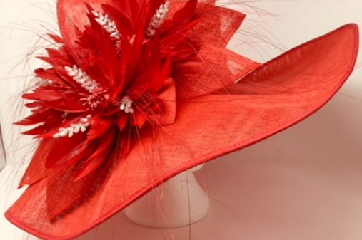 ascot red hat