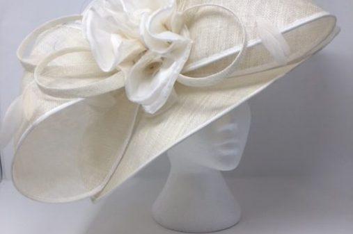 big bow ivory hat