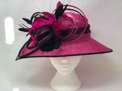 7661 <br>Hat<br>£220.00