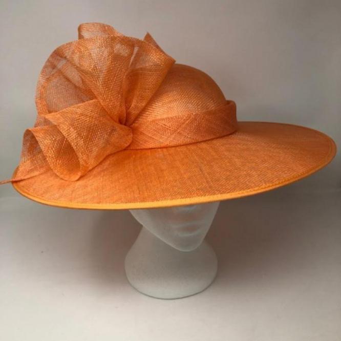 UM11 Minnie <br> Hat <br>£168.00