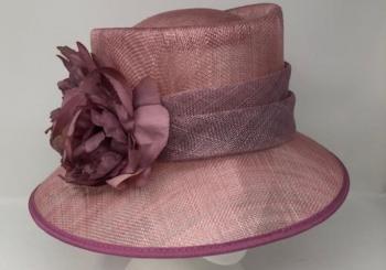 US6 <br> Hat <br> £132.00